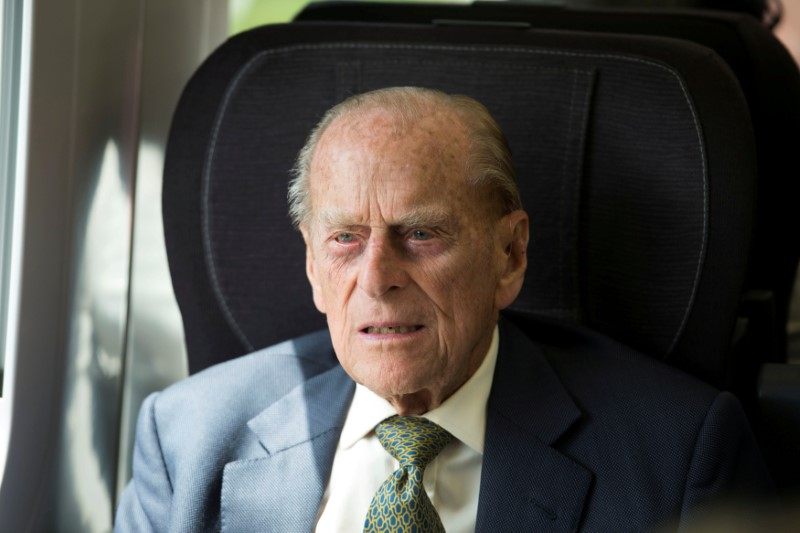 prince philip, prince phillip hospitalized, queen elizabeth, british royals