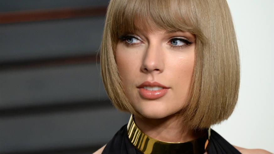 Taylor Swift Vanity Fair Oscar Party Joe Alwyn Private Dating