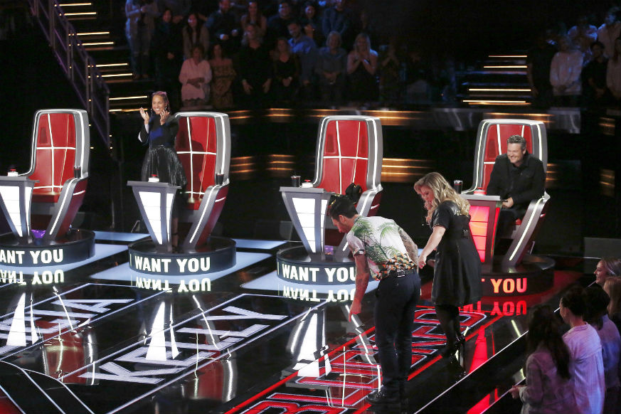 Who didn't make the cut on the voice this week?