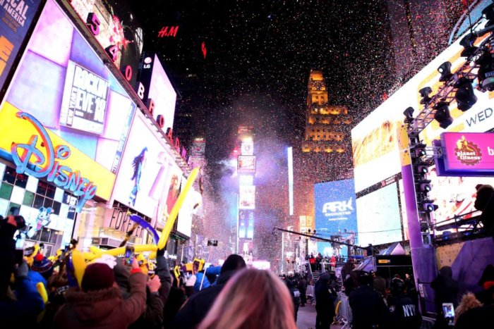 times square new year's eve 2018