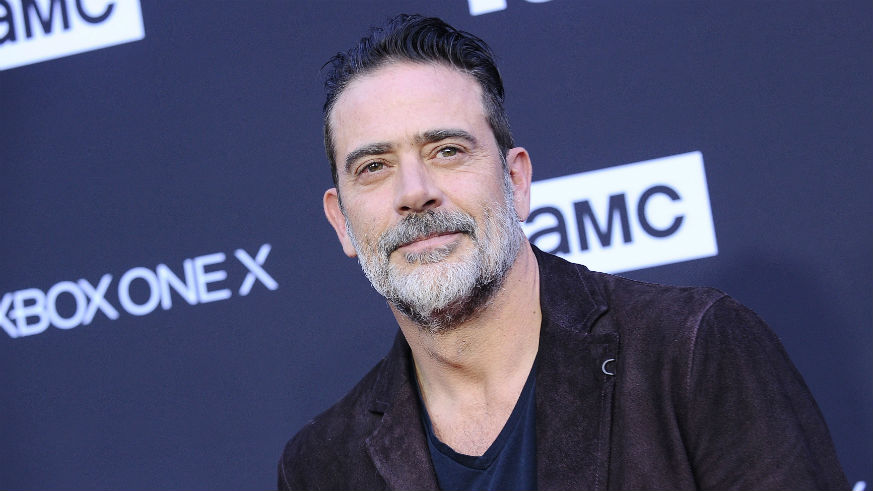 who is jeffrey dean morgan married to